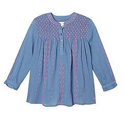 Mantaray - Blue shirred embroidered top