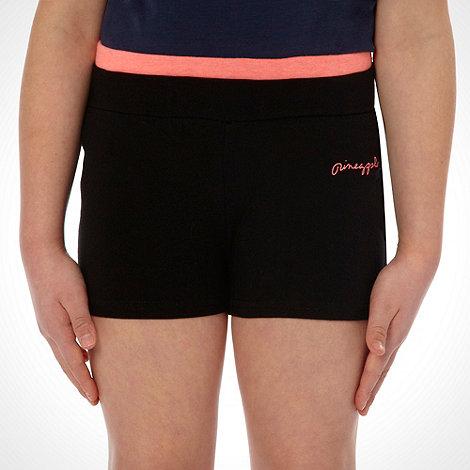 Pineapple - Girl+s black logo shorts