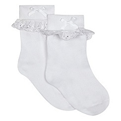 Debenhams - Pack of two girls' white broderie socks