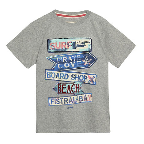 Mantaray - Boy+s grey signpost print t-shirt