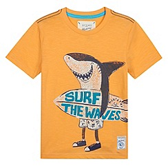 Mantaray - Boy's orange surfer shark print t-shirt