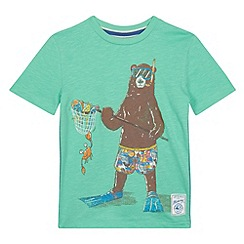 Mantaray - Boy's green fishing bear print t-shirt