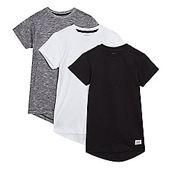 bluezoo - Pack of three boys' assorted longline t-shirts