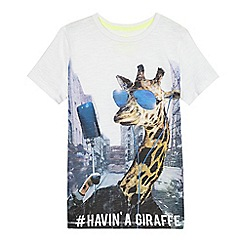 bluezoo - Boys' white giraffe print t-shirt