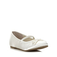 Debenhams - Girl's ivory satin pumps