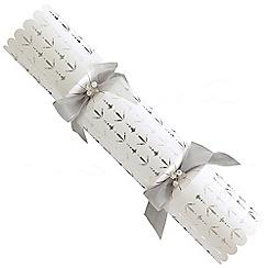 Debenhams - 6 Deluxe Silver And White Christmas Crackers