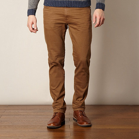 Wrangler - Greensboro twill tan straight leg jeans