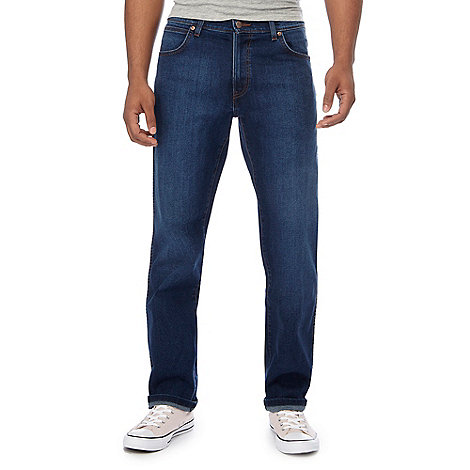 Wrangler - Greensboro satisfied mid wash blue straight leg jeans