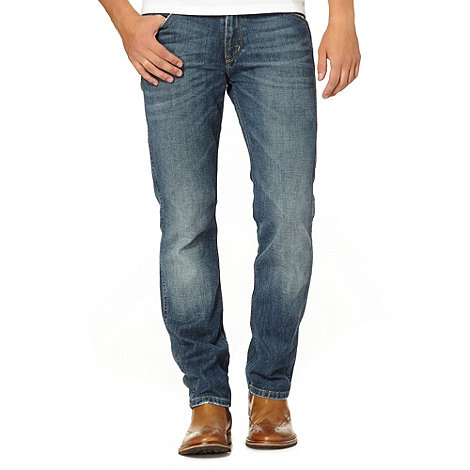 Wrangler - Greensboro half court blue mid wash straight leg jeans