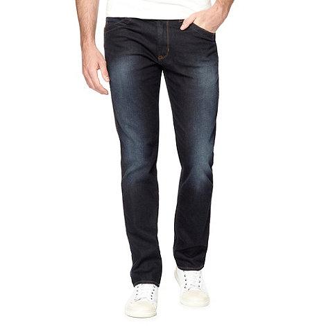 Wrangler - Greensboro hard edge dark blue wash straight leg jeans