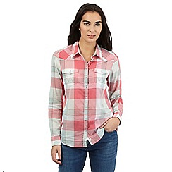 Wrangler - Pink checked shirt