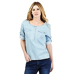 Wrangler - Light blue three quarter length sleeve shirt