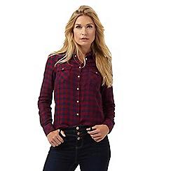 Wrangler - Dark red checked shirt