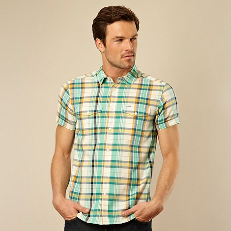 Wrangler - Green woven checked two pocket shirt
