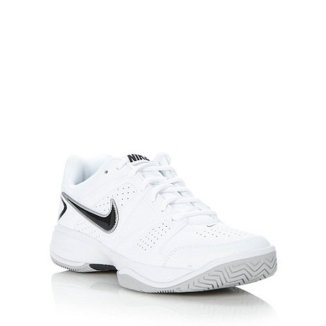 Nike - White +City Court VII+ trainers