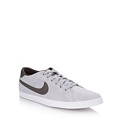 Nike - Grey 'Eastham' trainers