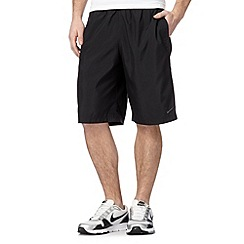 Nike - Black woven mesh trim shorts