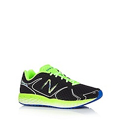 New Balance - Black foam sole trainers