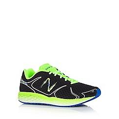 New Balance - Black foam sole trainers