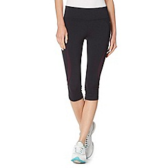 XPG by Jenni Falconer - Black tight fitness capri pants