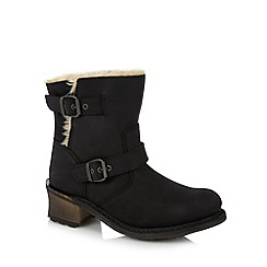 Caterpillar - Black leather faux fur lined mid boots