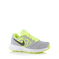 Nike - Grey 'Downshifter 6' trainers