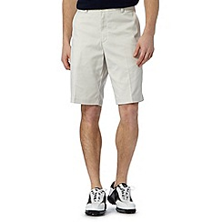 Nike - Beige flat front shorts