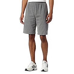 adidas - Grey 'Aeroknit' gym shorts