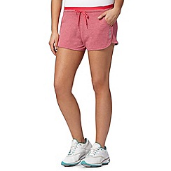 Reebok - Pink 'Playdry' slim shorts