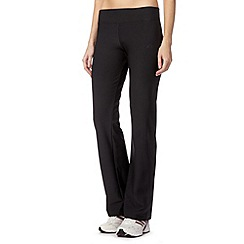 adidas - Black slim fit gym trousers