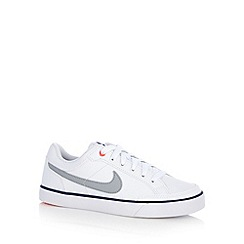 Nike - Boy's white 'Capri' trainers