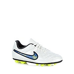 Nike - Boy's white 'Tiempo Rio II Firm' trainers