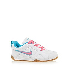 Nike - Girl's white 'Lykin 11' trainers