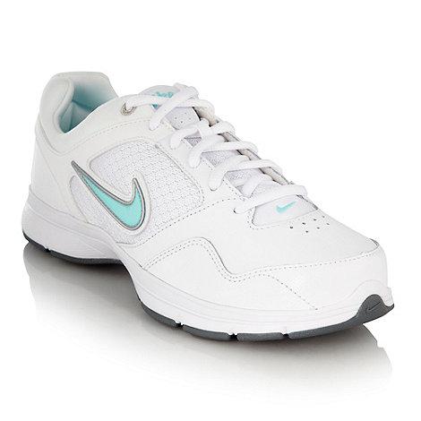 Nike - White +Steady VIII+ trainers
