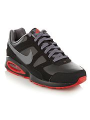 Nike Black Air Max Chase trainers