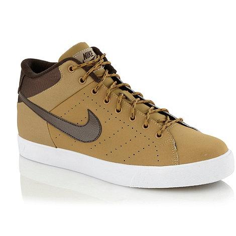 Nike - Tan +Court Tour+ trainers