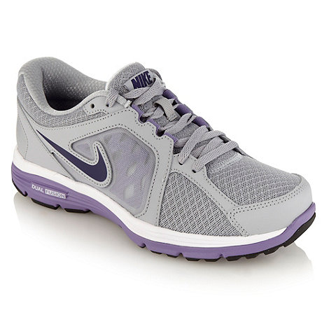 Nike - Grey +Dual Fusion+ sole trainers