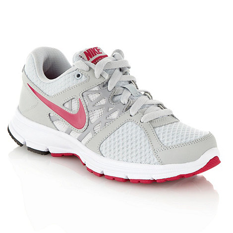 Nike - Light grey +Air Relentless 2+ trainers