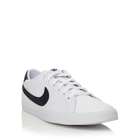 Nike - White 'Eastham' trainers