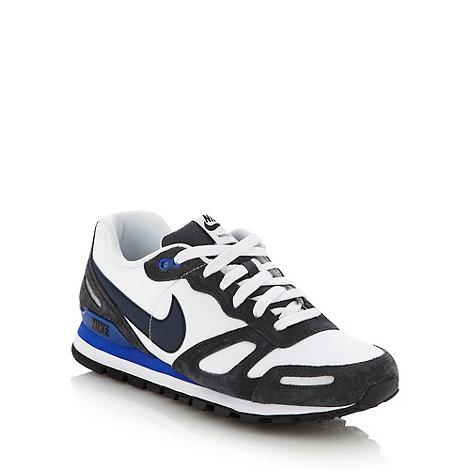 Nike - White +Air Waffle+ trainers