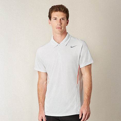 Nike - Off white perforated polo shirt