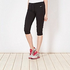 Nike - Black plain capri pants