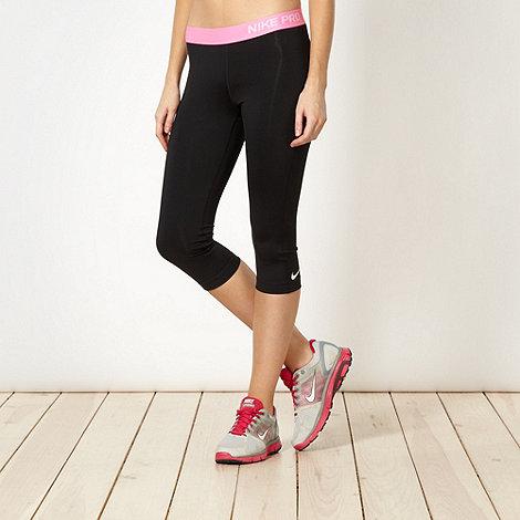 Nike - Black logo waistband capri pants