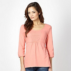 Weird Fish - Peach broderie panel top