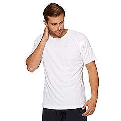 Nike - White 'Miler' running t-shirt
