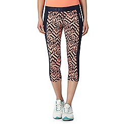 Reebok - Coral geo panel cropped capri pants