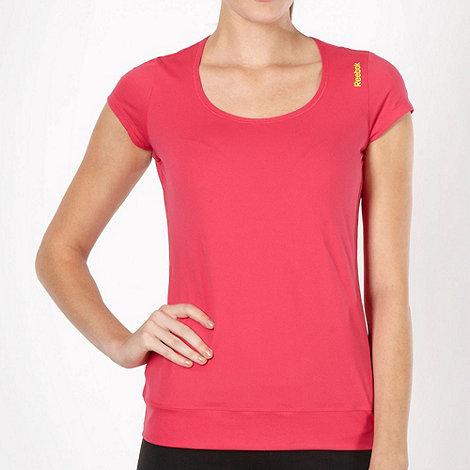 Reebok - Pink slim fit fitness t-shirt