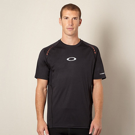 Oakley - Black sport t-shirt