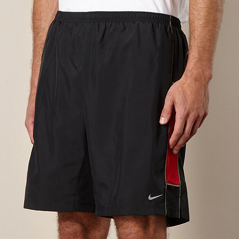 Nike - Red woven running shorts