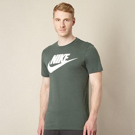 Nike - Dark green logo t-shirt